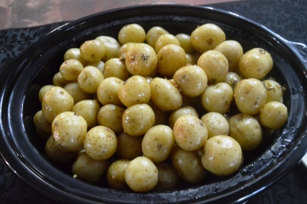 Baby Potatoes served with Garlic and Parsley Butter